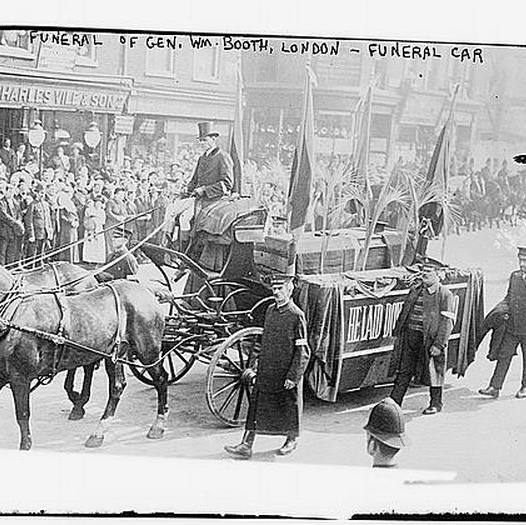 Funeral of Gen. Wm. Booth, London - Funeral Car