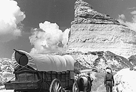 Were Your Ancestors American Pioneers? Here's How to Track Them Down Online