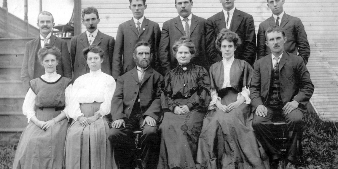 New Ancestry Discovery Pack Offers DNA + Records for Half Off - Family in Old Photo
