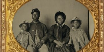 Records by Birth Year - Unnamed Soldier and Family